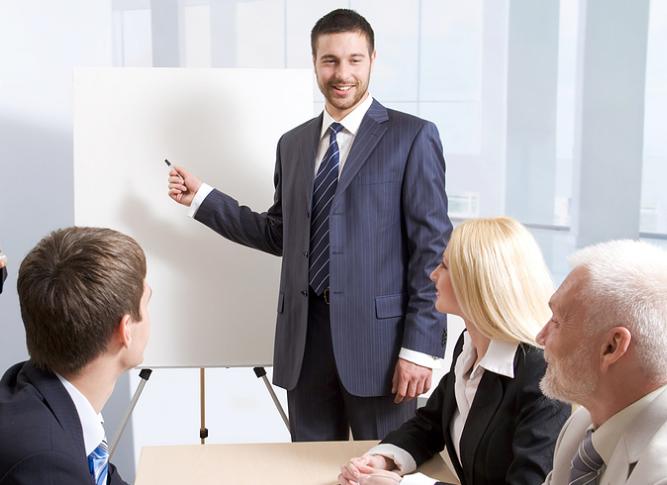 Training Manajemen dan Manajemen Kerja