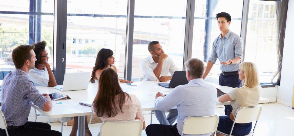 pelatihan Presentation Skills (Skil presentasi)