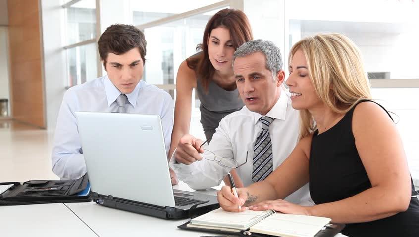 Training TKDN dalam Manajemen Pengadaan Barang dan Jasa